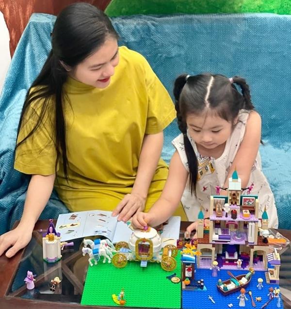 Vân Trang trở lại màn ảnh sau 5 năm lập gia đình