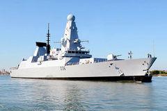 Sức mạnh chiến hạm Anh bị tố xâm nhập lãnh hải Nga