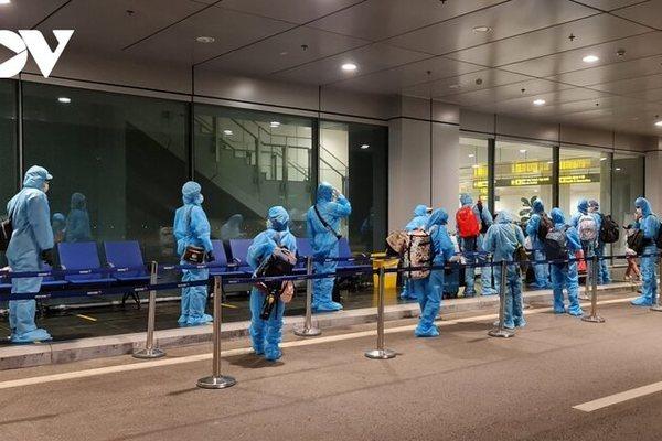 Vietnam to welcome foreigners with vaccine passport under new pilot scheme