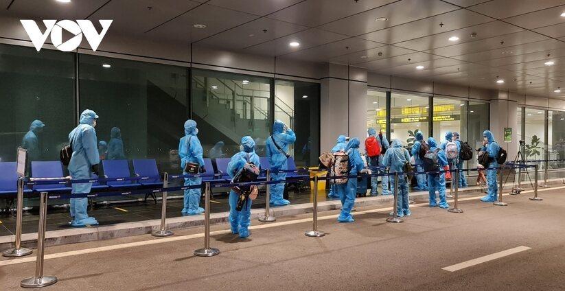 vaccine passport,Quang Ninh,foreign travelers