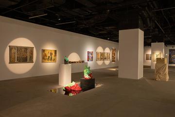 Cuộc sống đa sắc màu trong triển lãm 'Chúng ta đang NGHỊCH gì?'