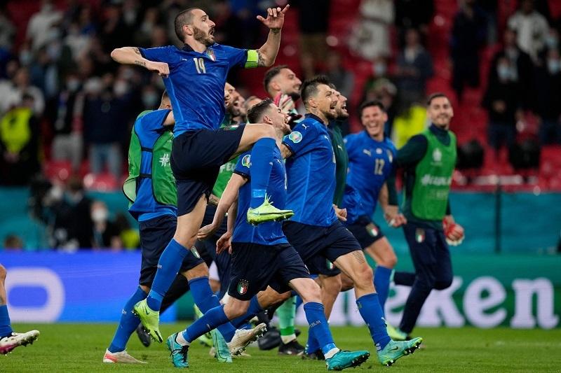 Djokovic nhắn tinh quái Italy trước chung kết EURO 2020