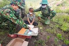 Biên phòng Quảng Trị bắt thanh niên 16 tuổi vận chuyển 5 kg ma túy đá