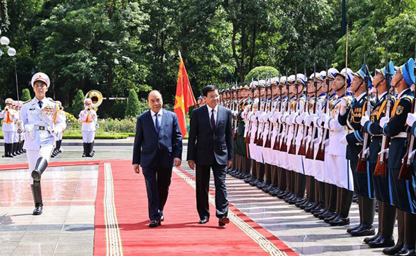 Welcome ceremony held for top Lao leader Thongloun Sisoulith