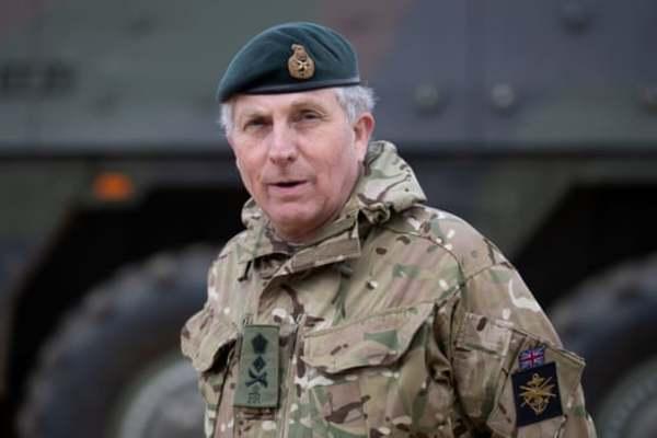 Tổng tham mưu trưởng quân đội Anh dương tính với Covid-19