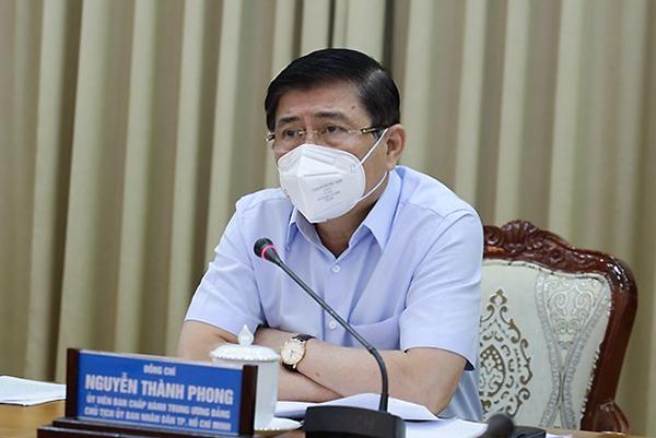 Chủ tịch TP.HCM: Áp dụng biện pháp cao hơn Chỉ thị 16 mà ca nhiễm chưa giảm