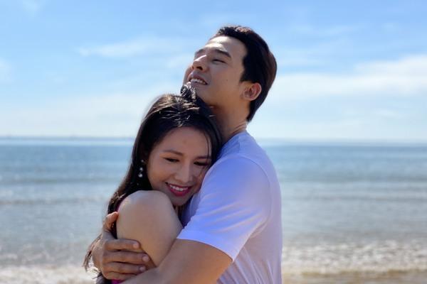 Văn Phượng không ngại vợ Lương Thế Thành khi diễn cảnh tình cảm