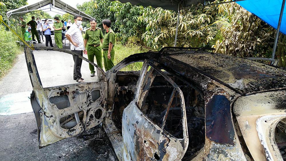 Công an kết luận vụ thi thể người đàn ông nằm trong xe taxi cháy rụi