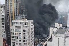 Cháy lớn gần ga tàu điện ở thủ đô nước Anh