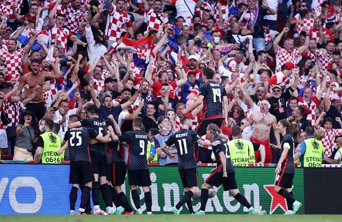 Đêm EURO 2020 điên rồ: Pháp đau đớn, Tây Ban Nha vượt ác mộng