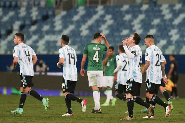 Video bàn thắng Argentina 4-1 Bolivia