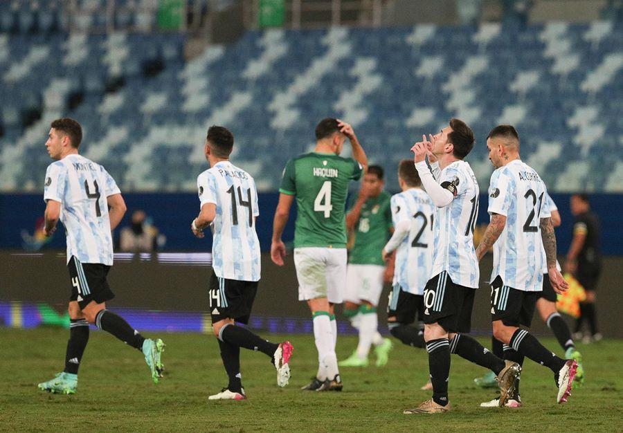 Messi nhảy tango, Argentina đấu Ecuador ở tứ kết