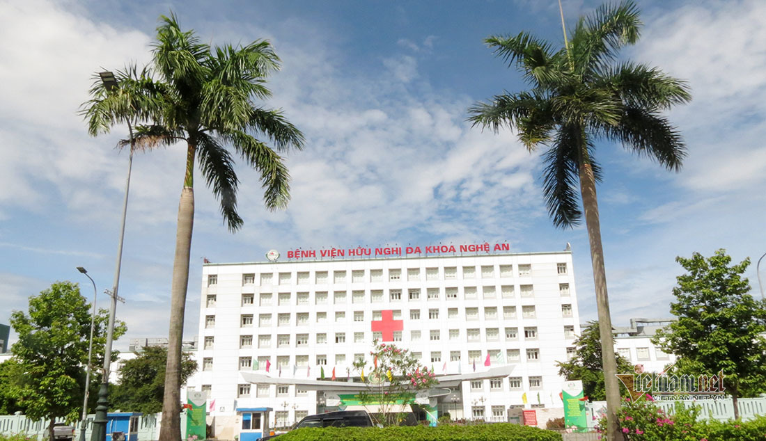 Chồng sản phụ dương tính nCoV, phong toả khoa sản bệnh viện Nghệ An