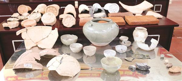 Luy Lau ceramics,Luy Lau traditional pottery