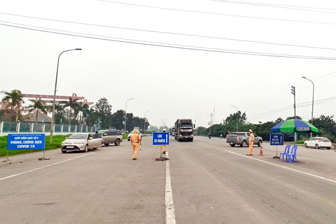 Để F0 lọt vào địa bàn, nhân sự chốt kiểm soát ở Quảng Ninh bị kiểm điểm