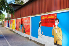 Murals in Hanoi convey message of fighting Covid-19