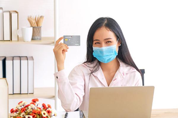 Thẻ tín dụng nội địa VietCredit thu hút giới văn phòng