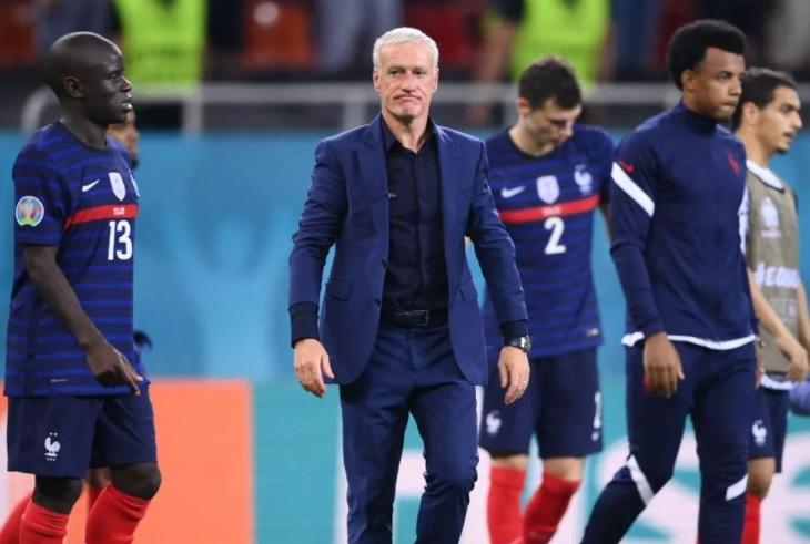 Didier Deschamps trải lòng: 'Pháp bị loại thế này thật đau…'
