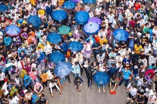 Hàng nghìn công nhân ùn ùn đi xét nghiệm tại Bắc Giang