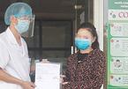 Nhân viên cắt tóc là bệnh nhân Covid-19 đầu tiên ở TP Vinh được xuất viện