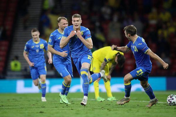 Video Thụy Điển 1-2 Ukraine: 'Bàn thắng vàng' của siêu dự bị