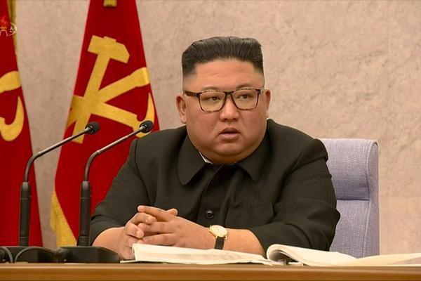 Kim Jong Un sa thải thẳng tay quan chức lơ là chống dịch Covid-19
