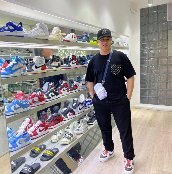 9x đột phá: Khởi nghiệp chuyển phát quốc tế, buôn thêm giày Nike