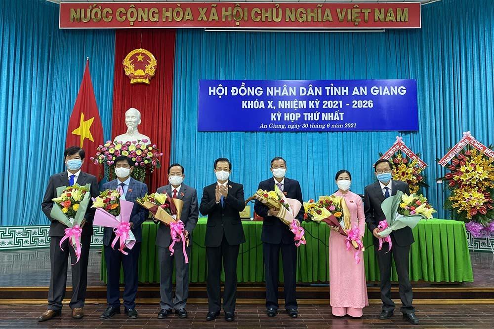 Ông Lê Văn Nưng làm Chủ tịch HĐND tỉnh An Giang