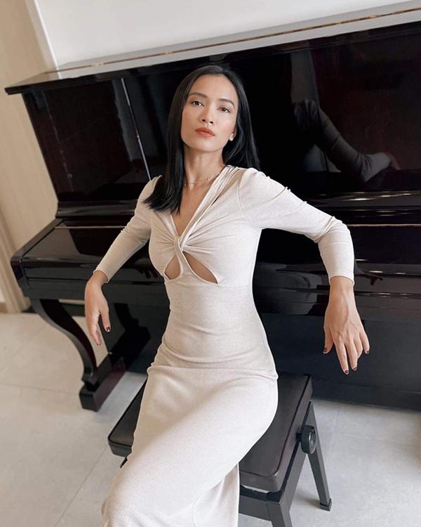Hà Tăng, Tóc Tiên, Tiểu Vy ở nhà mùa dịch vẫn thời trang, sành điệu