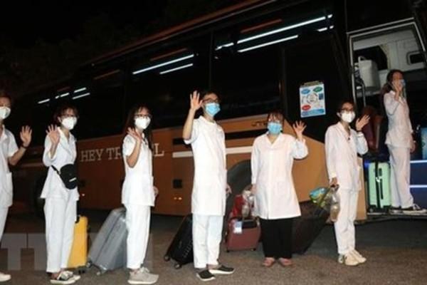 319 cán bộ, sinh viên y tế Hải Dương lên đường chi viện cho TP.HCM