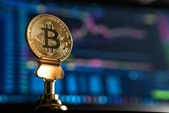 Giá Bitcoin bật tăng lên từ đáy