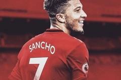 Fan MU phấn khích Jadon Sancho ký 5 năm ở Old Trafford