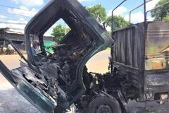 Xe tải chở hàng đậu trong nhà bốc cháy dữ dội ở Bà Rịa - Vũng Tàu