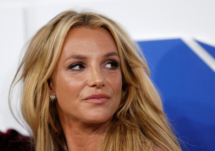 Tòa bác đơn, Britney Spears tiếp tục sống trong địa ngục