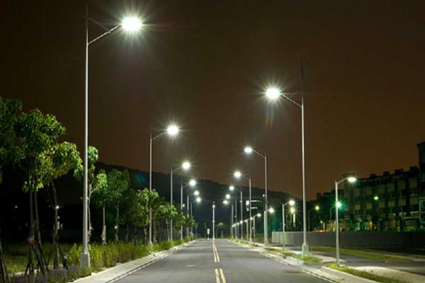 Hà Nội: Ứng dụng các giải pháp, thiết bị chiếu sáng hiệu suất cao, tiết kiệm điện