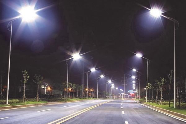 Hà Nội: Xây dựng hệ thống chiếu sáng đô thị công cộng tiết kiệm điện năng thông minh