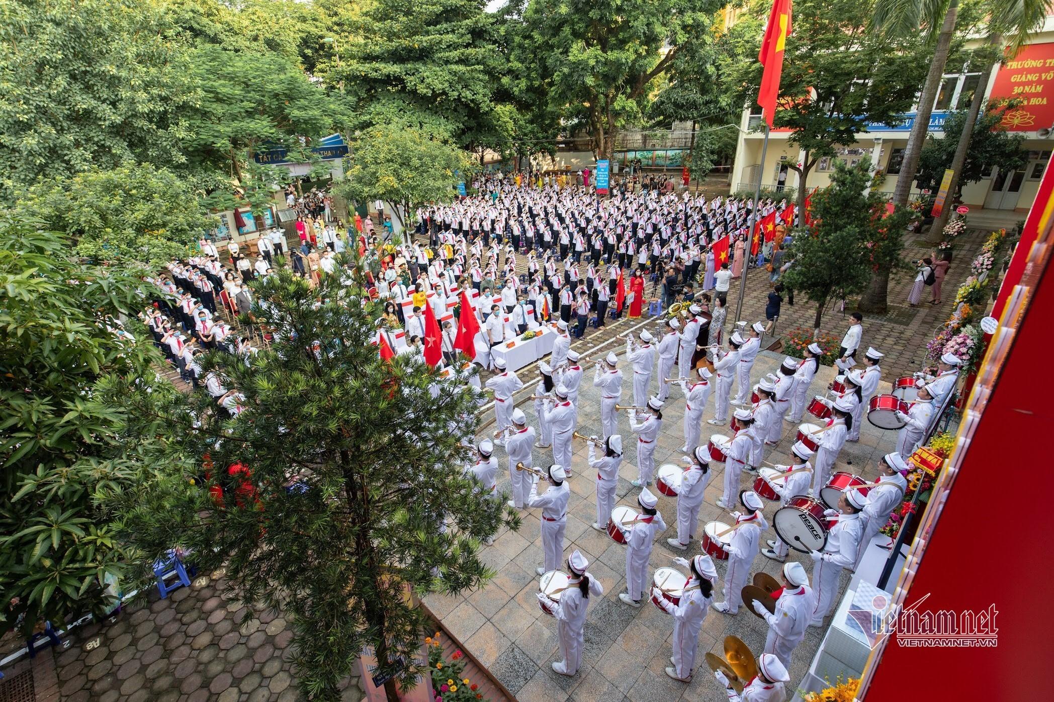 Trường học có 5 thủ khoa thi vào lớp 10 ở Hà Nội