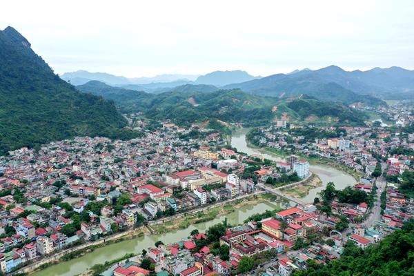 Bí Thư tỉnh ủy Hà Giang: Thành lập các tiểu ban chuyển đổi số, tập trung cho mục tiêu tăng trưởng kinh tế