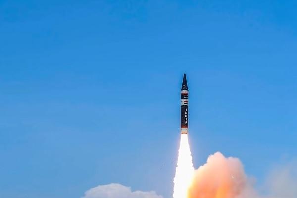 """Ấn Độ thử tên lửa đạn đạo, chuyên gia Trung Quốc nói """"không lo"""""""