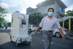 Giảng viên Đà Nẵng chế tạo cabin chở bệnh nhân Covid-19