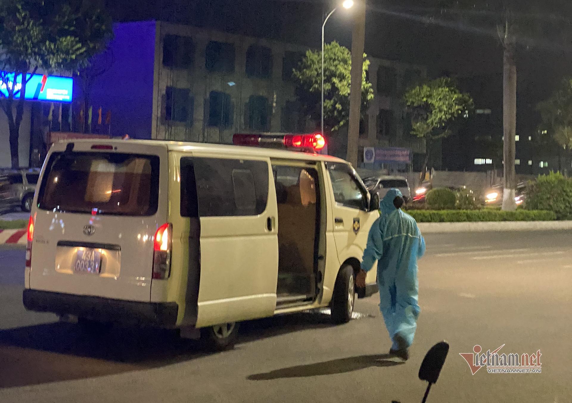 Hai con của chủ nha khoa dương tính nCoV, Đà Nẵng tìm người từng đến chợ, siêu thị
