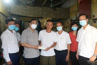 Biểu dương người đàn ông cứu cháu bé rơi từ tầng 2 ở Nam Định