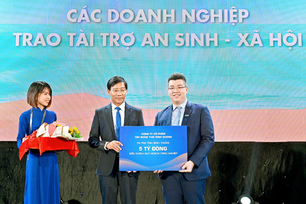 Doanh nhân trẻ được đóng tên lên 'bảng vàng' loạt dự án lớn nhất Việt Nam