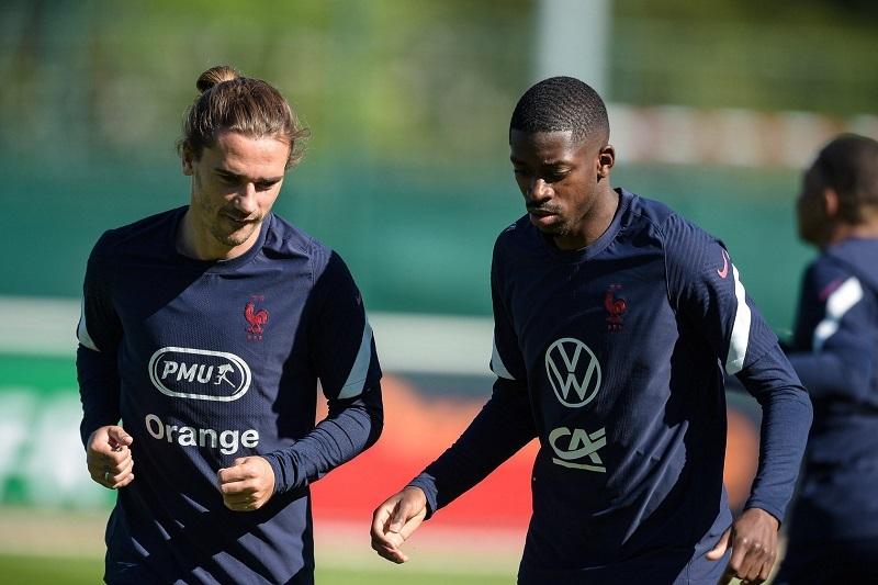 MU chờ đón Varane, Griezmann và Dembele ở lại Barca