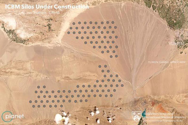 Trung Quốc đang xây hệ thống hầm chứa tên lửa ở sa mạc?