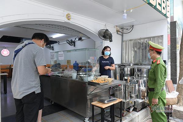 Hà Nội chỉ đạo hỏa tốc: Xử nghiêm hàng quán mở cửa quá 21h