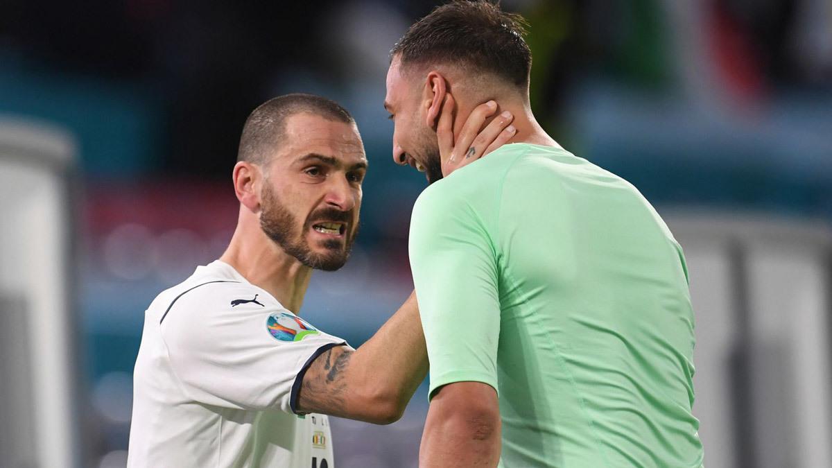 Phòng thay đồ Italy phấn khích: 'Chúng tôi là đội bóng phi thường'