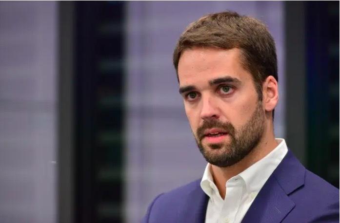 Ứng viên Tổng thống Brazil sáng giá tuyên bố là người đồng tính