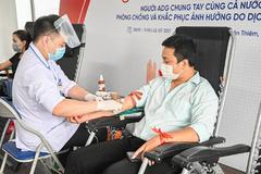Người lao động Austdoor tham gia hiến máu tình nguyện