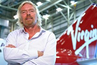 Tỷ phú Richard Branson bán vé lên vũ trụ với giá 450.000 USD